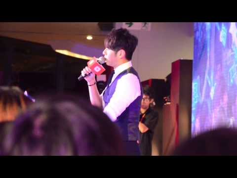 YouTube Evening HK  許廷鏗 Alfred Hui —《護航》 LIVE