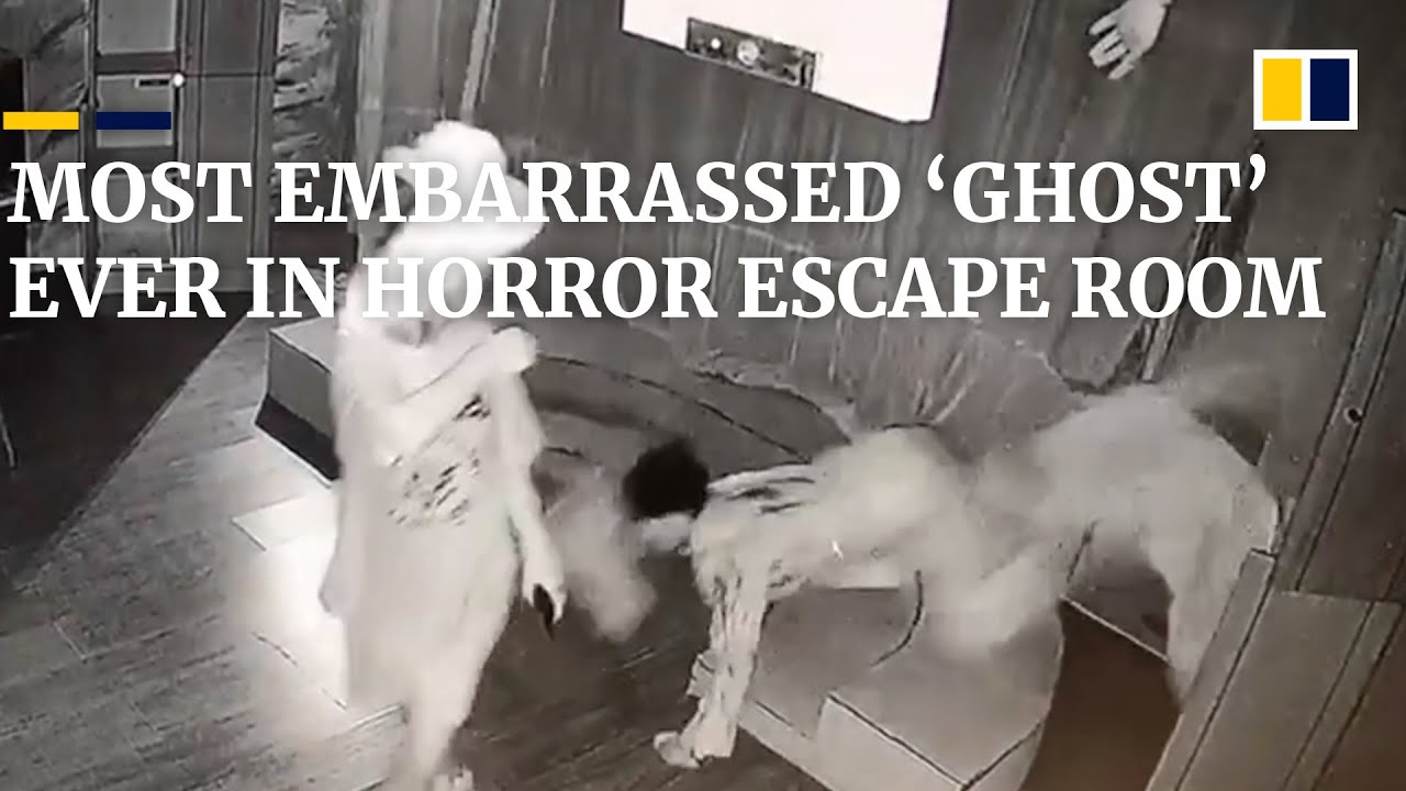 Most embarrassed 'ghost' ever in horror escape room in China