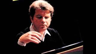 Beethoven, Sonata No. 13 Op. 27, 2o. mov. - Emil Gilels