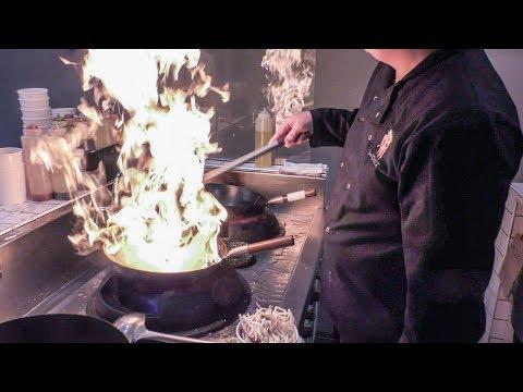 The Flaming Asian Wok. London Street Food. London Bridge