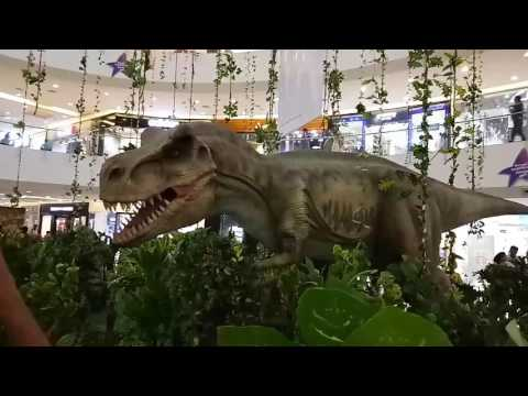 Dinosaurs in forum mall