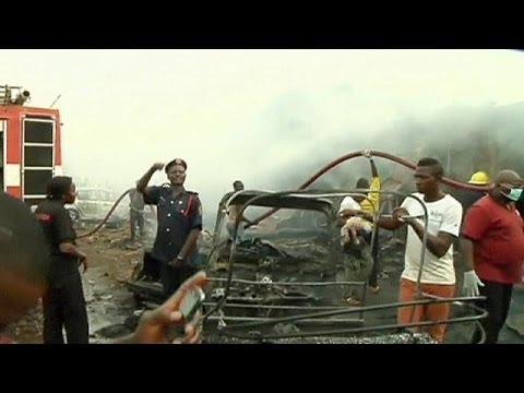Un double attentat fait au moins 118 morts dans le centre du Nigeria