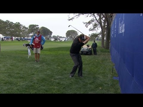 Phil Mickelson almost holes chip shot at Farmers