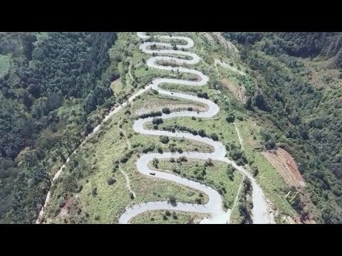 Winding road in China has staggering 68 hairpin turns