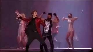Video BIGBANG - FANTASTIC BABY (live Ver.) download MP3, 3GP, MP4, WEBM, AVI, FLV Juli 2018