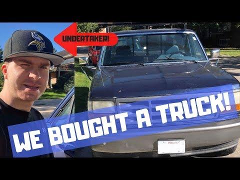 Maquoketa Flea Mark Flip - Uranium Glass - Scrap Metal Truck - WWE Undertaker - Free Comic Books