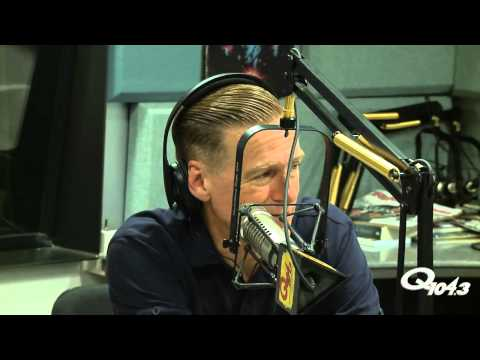 Bryan Adams chats about Tracks Of My Years on New York's Q104.3 Classic Rock Radio