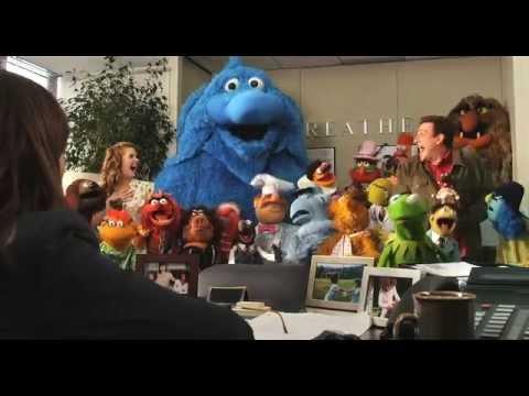 Los Muppets | Tráiler Oficial | Disney Oficial