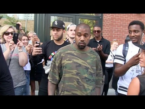 Kanye West give some love to his fans in New York City