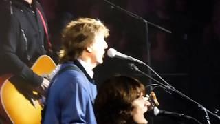 Paul McCartney - Temporary Secretary [Live at Qudos Bank Arena, Sydney - 12-12-2017]