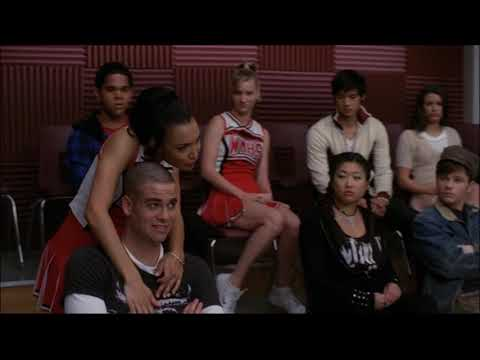 Glee - The Boy Is Mine (Full Performance) 1x18