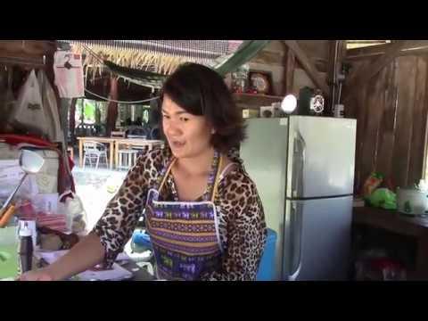 recette-de-poulet-thaï-aux-noix-de-cajou---station-zaab---koh-phangan--mae-haad-beach