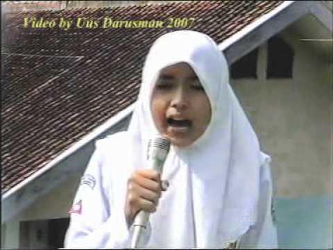Download Puisi Indonesiaku Ai SMP 1 Cilawu - Garut video by Uus Darusman.mpg
