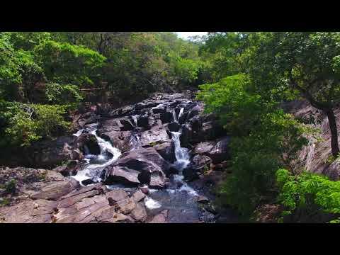 Drone Cachoeira Meia-Lua - Pirenópolis - GO