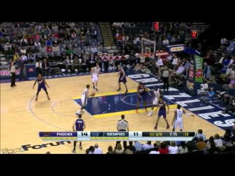 Mike Miller with a putback dunk, goes for a drive from Conley - Suns @ Grizzlies 10-1-14