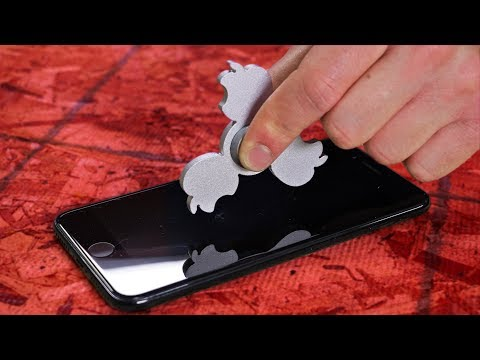 Apple Fidget Spinner VS iPhone!