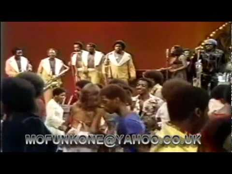 JAMES BROWN & THE J.B.'S -MY THANG. LIVE TV PERFORMANCE 1974