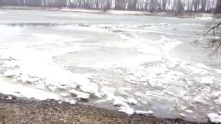 Десна тронулся лед(Десна тронулся лед., 2015-03-01T18:17:16.000Z)