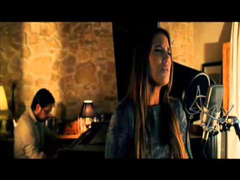 India Martinez - Yo no me doy por vencido (Acustico) thumbnail