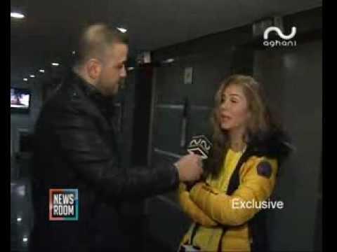 Nicole Saba كاميرا أغاني أغاني تفاجئ النجمة نيكول سابا في استديو هادي شرارة