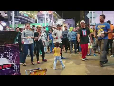 Saiful Zero maharajalawak bikin riuh di Redeem busker - Anak kampung