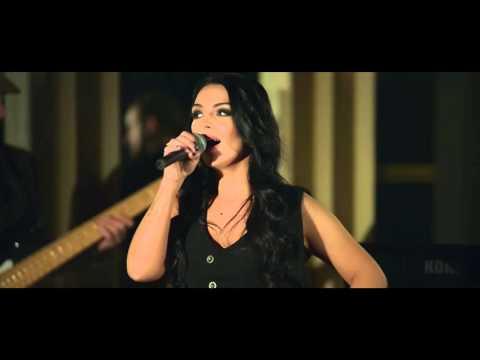 Enrique Iglesias -  Bailando ( cover by Francisca )