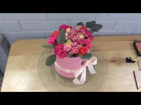 Обзор свадебного букета из хризантем и пионовидных розиз YouTube · С высокой четкостью · Длительность: 27 с  · Просмотров: 18 · отправлено: 13.10.2017 · кем отправлено: Семицветик. Доставка цветов