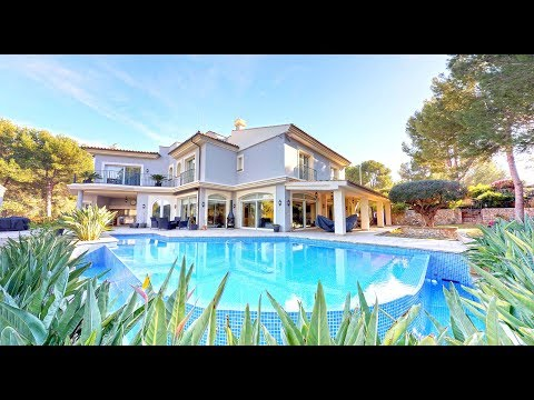2,750,000 Million - A Luxury Villa for Sale Mallorca - Grand & Stylish Family Home