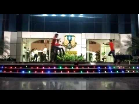 Lamba lamba song dance in stage