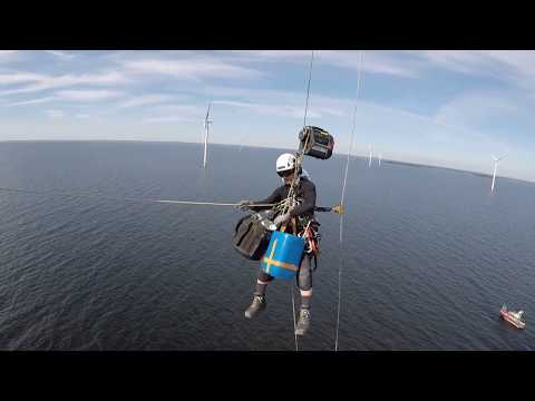 Rope Access on Wind turbines Climbing