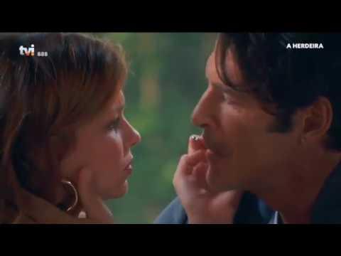Joaquim faz amor com Beatriz - A Herdeira