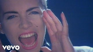 Eurythmics - Sisters Are Doin