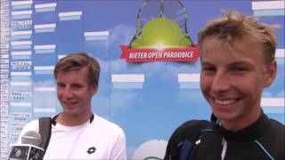 Daniel Janko a Daniel Rabas po prvním kole deblu na turnaji Futures v Pardubicích