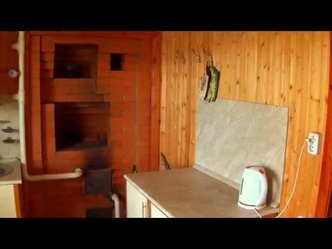 видео: Устройство водяного отопления от печи гoландки в загородном доме.