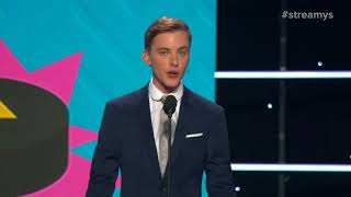 Jon Cozart Presents Americares Package to Help with Relief Efforts - Streamy Awards 2017