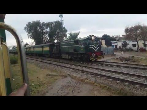 Pakistan Railways:14dn Awam Exprees meets 13up Awam Express at Gujjar Khan