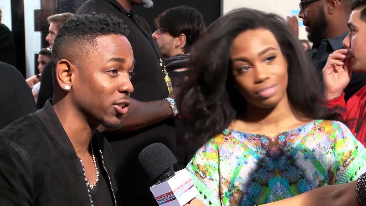 Download Kendrick Lamar Entrevista Alfombra Roja - American Music Awards 2013