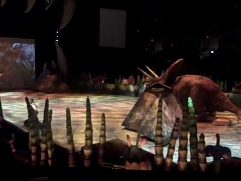 Walking With Dinosaurs LIVE! in indy, July 8, 2009 - Torosaurus and Ankylosaurus video