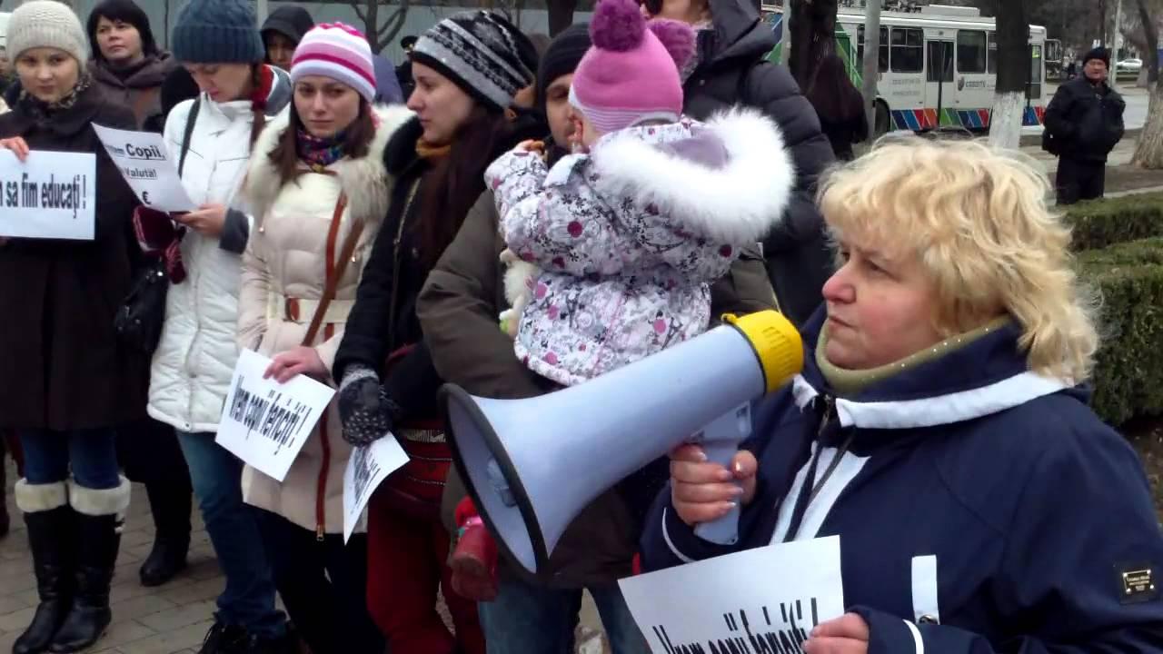 Vrem legi, nu circ! Protest cu pelincuțe la #Parlament
