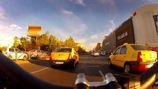 Bike Ride between Cars - lane splitting in heavy traffic
