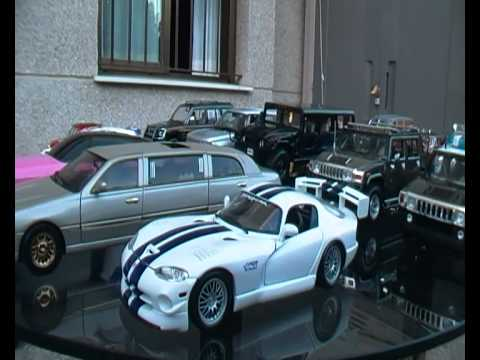 Garage Coleccion De Coches Escala 1 18 Youtube