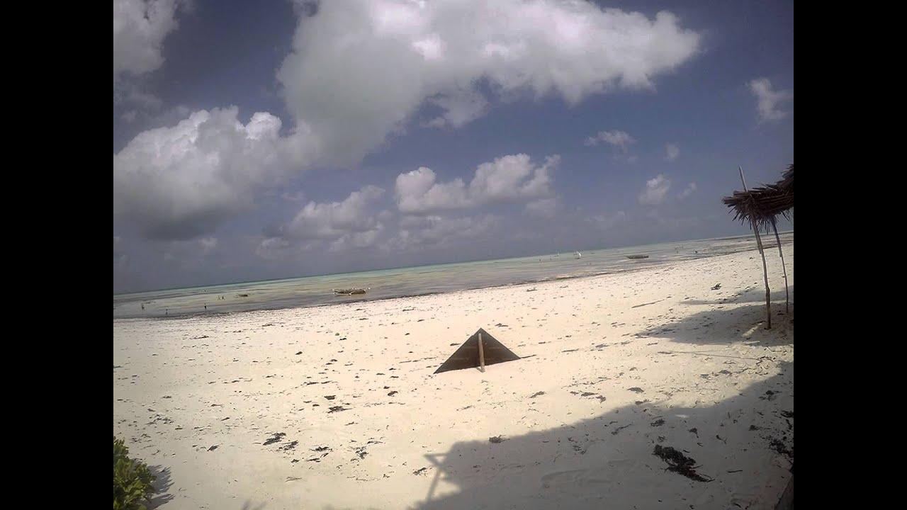 Low tidehigh tide timelapse jambiani beach zanzibar 2015 youtube low tidehigh tide timelapse jambiani beach zanzibar 2015 nvjuhfo Gallery