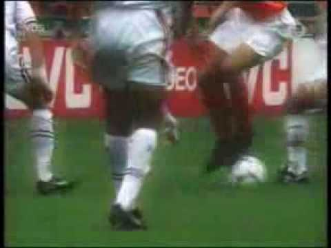 Dennis Bergkamp - The magic momment