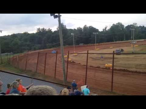 Ponderosa Speedway 7-23-16 Super late model hot laps