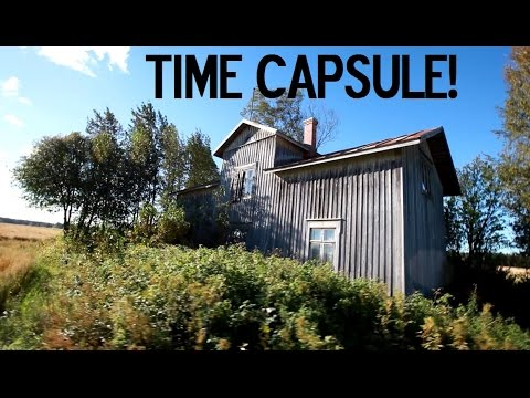Abandoned Home (full Of Historical Stuff!!!)MY BEST FIND?!! / Urban Exploration (part.1/2)