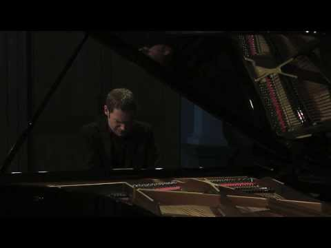 Mussorgsky: Pictures at an Exhibition - David Jalbert, piano