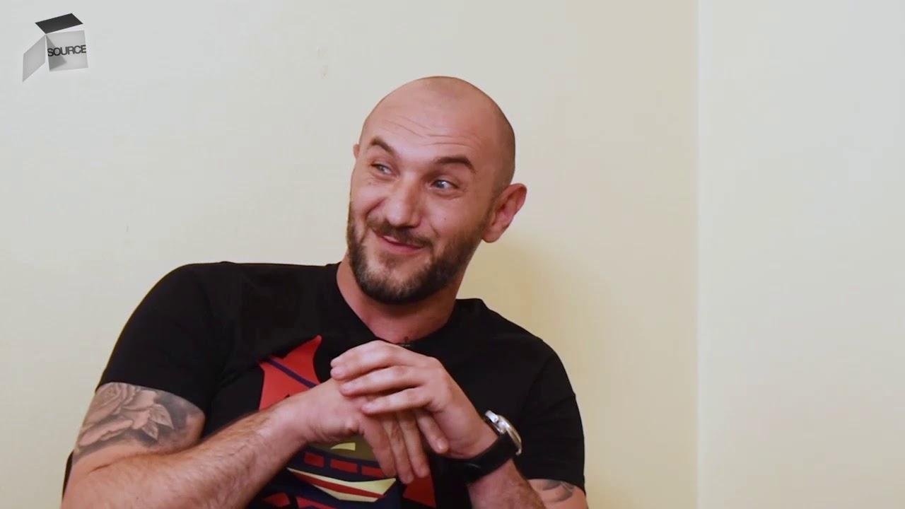 """Download """"Uđe u svlačionicu Ćelo Bajramović i reče nam: 'Imate i od mene po 2.000 KM ako pobijedite Želju'"""""""