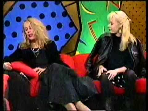 Lindy Morrison and Amanda Brown of the Go-Betweens on Sounds with Donnie Sutherland sometime in 1986