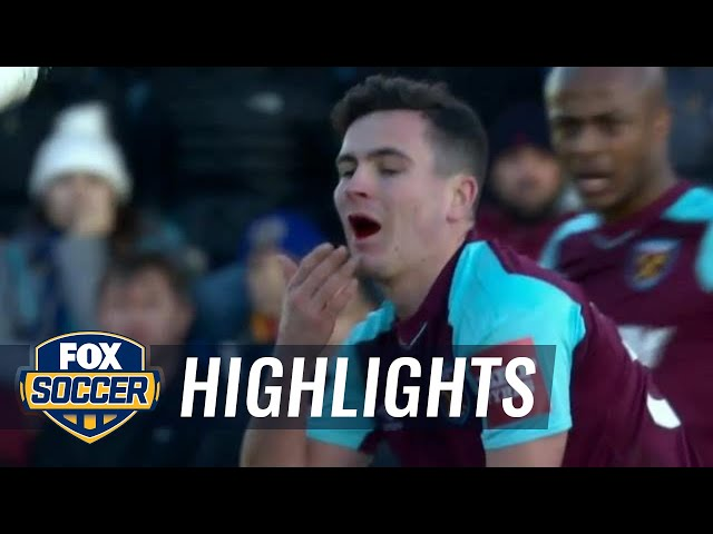 West Ham's Josh Cullen loses tooth after kick to the face, plays on | 2017-18 FA Cup Highlights