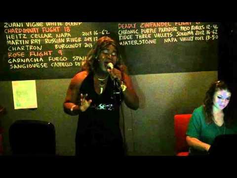"Regina Elizabeth King Singing (karaoke) ""Hero""(Mariah Carey)-Gnarly Vine in NewRochelle, NY-12/21/15"